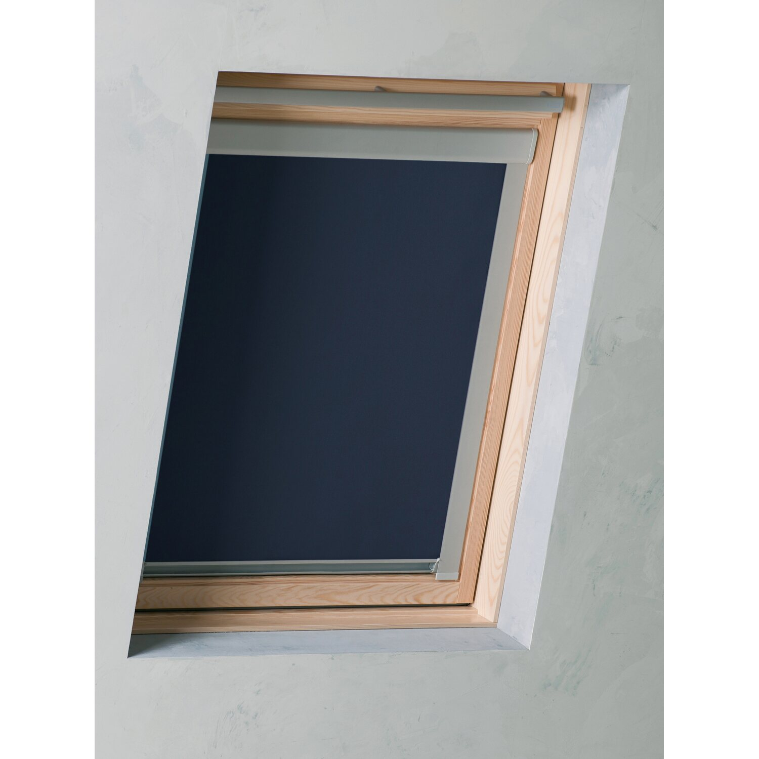 velux dachfenster rollo aussen trendy faltrollos fr dachfenster with velux dachfenster rollo. Black Bedroom Furniture Sets. Home Design Ideas