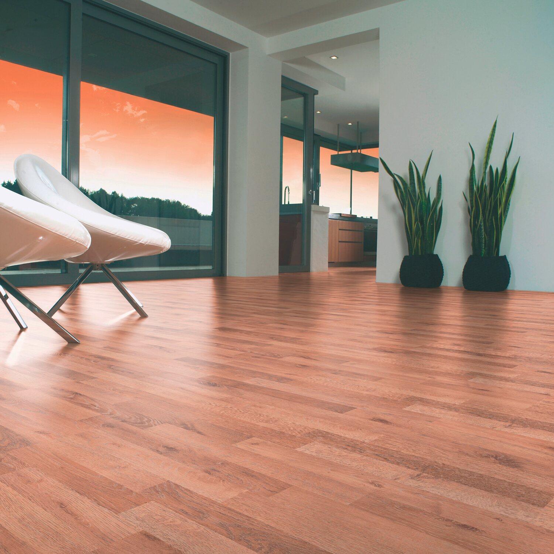 obi laminatboden comfort wasabi eiche altholzstruktur 7 mm kaufen bei obi. Black Bedroom Furniture Sets. Home Design Ideas